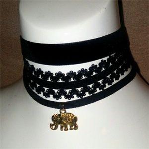 Jewelry - Elephant Pendent Layered Choker